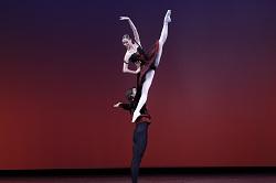 Daniel Carmago and Elisa Badenes of Stuttgart Ballet