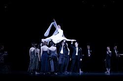 'Graeme Murphy's Swan Lake' - The Australian Ballet