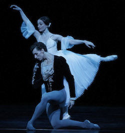 Madeleine Eastoe and Kevin Jackson in The Australian Ballet's 'Giselle'
