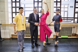 Premier Andrews with dancers from The National Ballet of China. Photo courtesy of Arts Centre Melbourne.