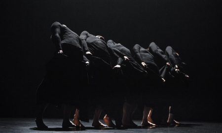 Tao Dance Theater in '6'. Photo by Andreas Nilsson.