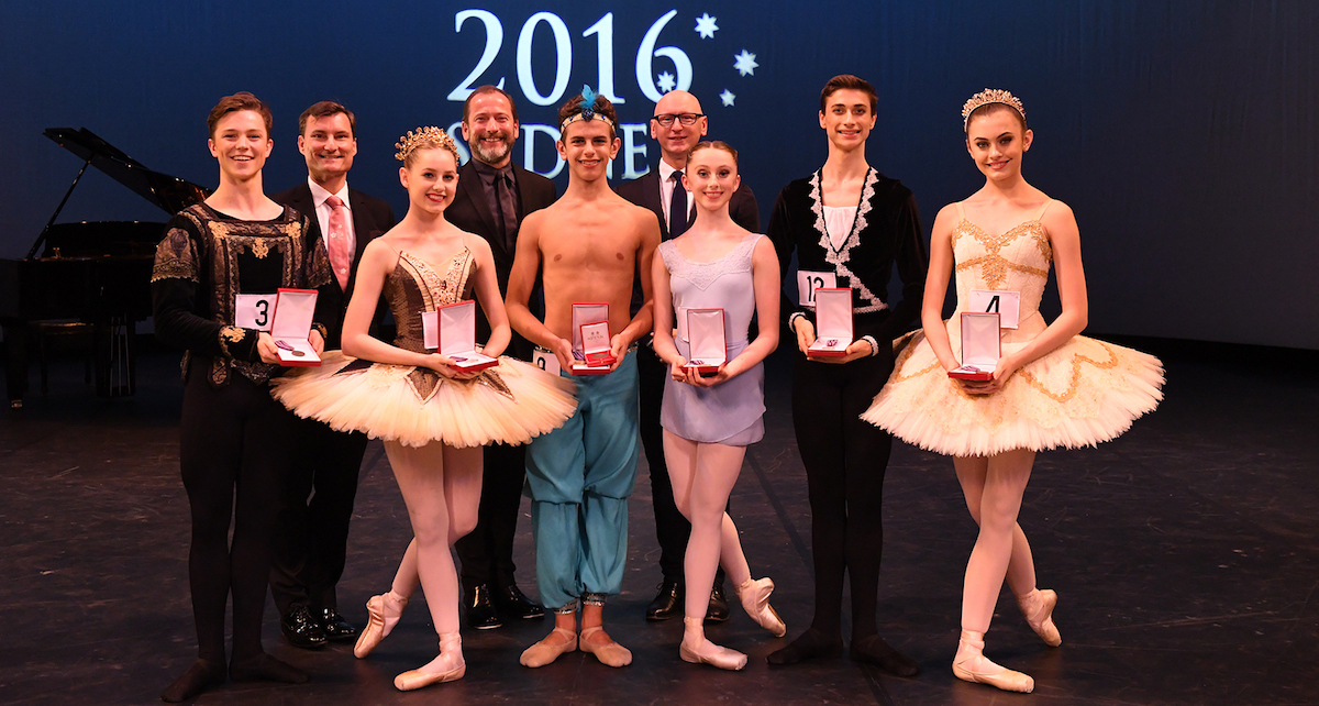 2016 Genée winners. Photo by Winkipop Media, courtesy of the Royal Academy of Dance.