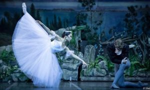 RNZB's Mayu Tanigaito and Joseph Skelton in 'Giselle'. Photo by Stefanos Kyriakopoulos.