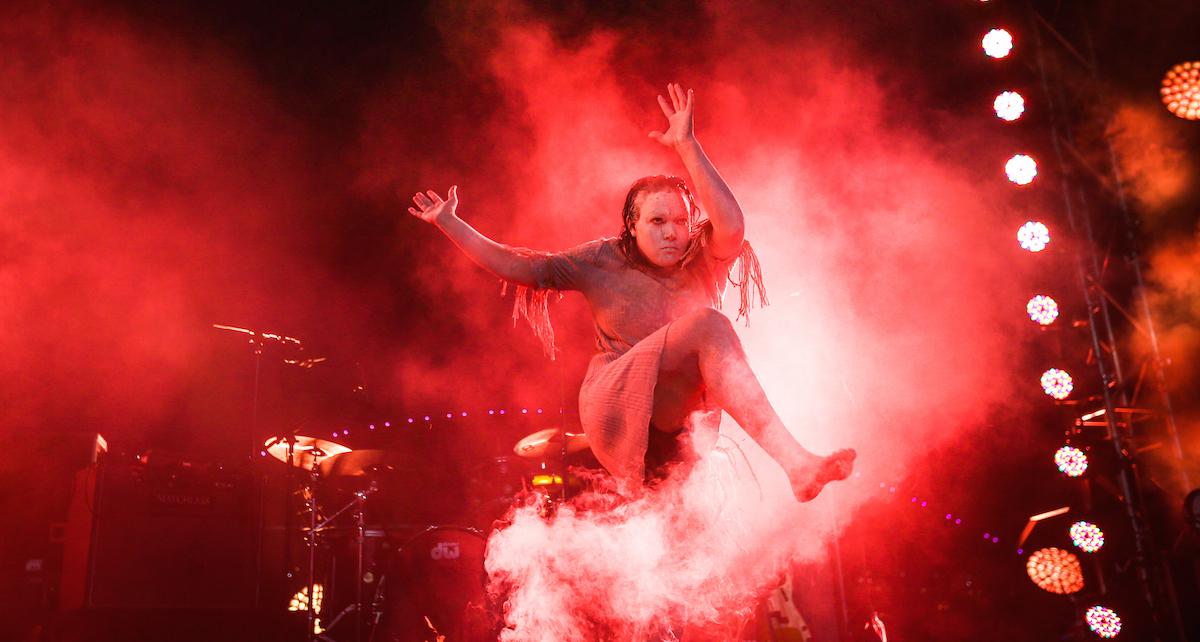 Jacqui Cornforth performing at the Lord Mayor's Party. Photo courtesy of Muggera.
