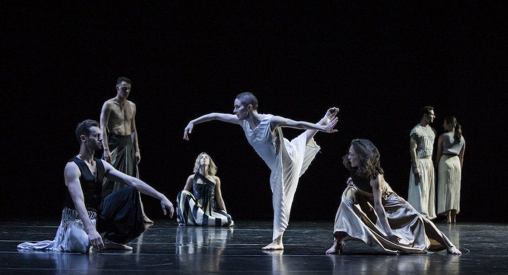 Sydney Dance Company in Cheng Tsung-lung's 'Full Moon'. Photo by Pedro Greig.