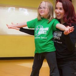 Tricia Gomez (center) of Rhythm Works Integrative Dance. Photo by Arthur Crenshaw.