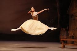 Karen Nanasca in The Australian Ballet Regional Tour of 'Giselle'. Photo by Jeff Busby.