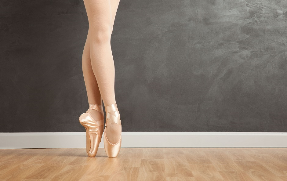 making the choice to the pointe the right age to go en pointe