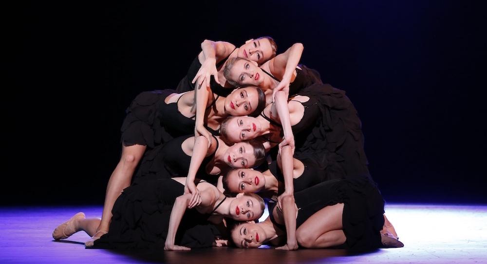 The Australian Ballet in Graeme Murphy's 'Grand'. Photo by Jeff Busby.