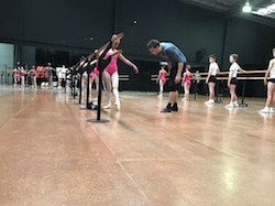 Kevin Jackson and Ballet de Jeune. Photo by Brian Nolan.