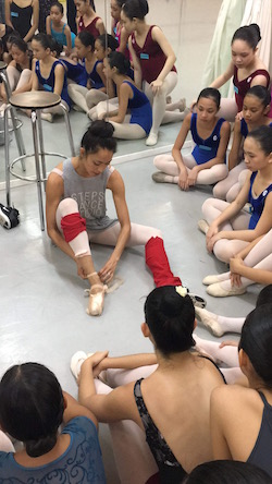 Stella Abrera giving a master class at Steps Dance Studio.