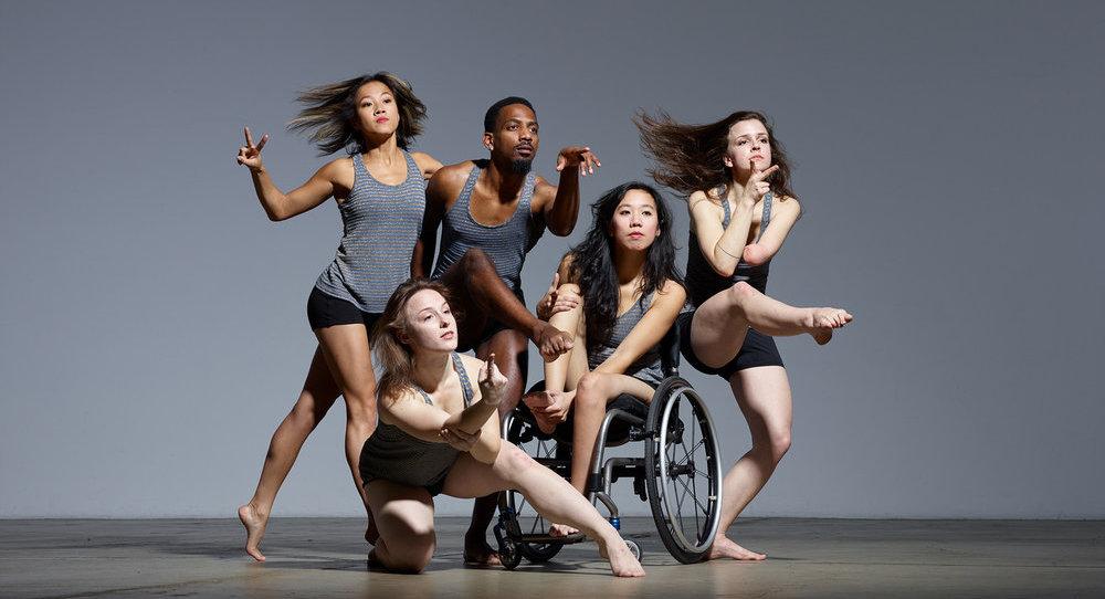 Axis Dance Company Dancers (L to R) Lani Dickinson, Liv Schaffer, James Bowen, Carina Ho, Julie Crothers. Photo by David DeSilva