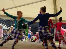 Townsville Academy of Performing Arts at Highland Games Scotland. Photo courtesy of TP World Tours.