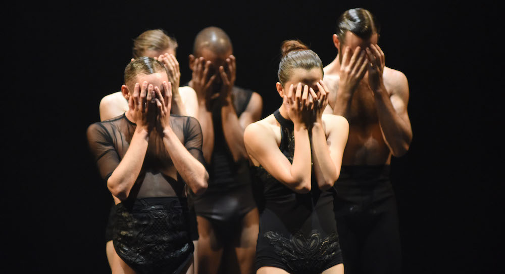 L-E-V Dance Company in 'OCD Love'. Photo by Regina Brocke.
