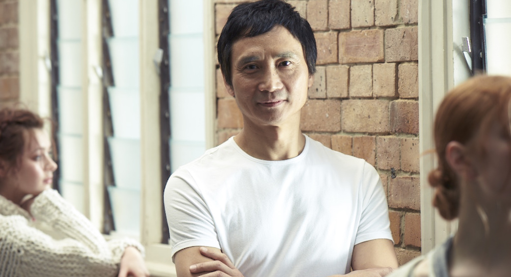Li Cunxin with QB dancers. Photo by Georges Antoni.