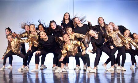Dancers performing at Victorian Dance Festival. Photo by Belinda Strodder