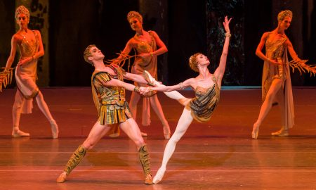 Alexander Volchkov and Olga Smirnova in Bolshoi Ballet's 'Spartacus'. Photo by Darren Thomas.