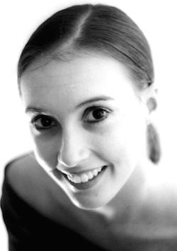Simonne Smiles.
