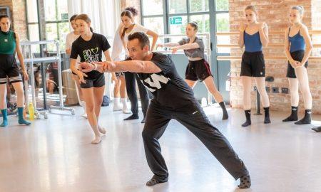 Tim Podesta teaching. Photo courtesy of Podesta.
