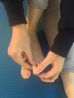 Single toe double twist.