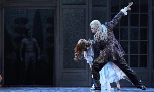 Melissa Boniface as Lucy Westenra and Aurélien Scannella as Old Dracula. Photo by Jon Green.