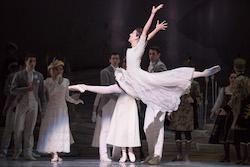 Juliet Burnett in Graeme Murphy's 'Swan Lake' at The Australian Ballet. Photo by Daniel Boud.