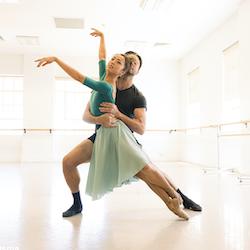 Matthew Lehmann and Chihiro Nomura rehearsing 'Moment of Joy'. Photo by Juan Carlos Osma.