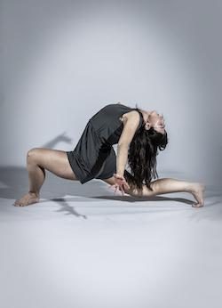 Motionhouse dancer Beth Pattison. Photo by One Dance UK, Dani Bower Photography.